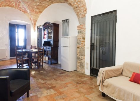Can Gibert apartments in a rural house for 4 persons in Castelló d'Empúries, Alt Empordà, Girona, Costa Brava