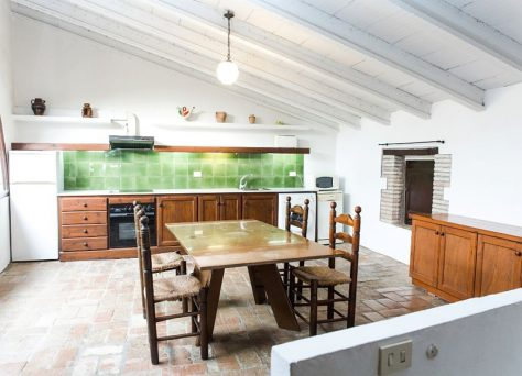 Rural apartments in a traditional house near Costa Brava in Castelló d'Empúries, Girona, Alt Empordà